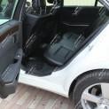 Автомобиль бизнес-класса Mercedes-Benz E-класса